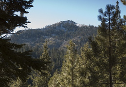 Thanksgiving hikes in Lake Tahoe