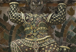 Wat Arun statues and details